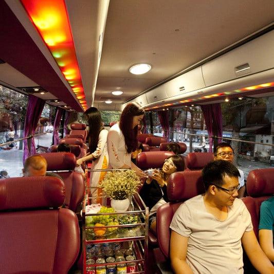 Xe limousine đi Lào Cai - Hãng xe Sapa Express cung cấp cho hành khách một chuyến đi hoàn hảo