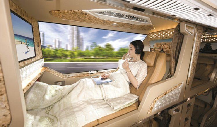 xe limousine đi Lào Cai - Hãng xe Sao Việt - loại limousine phòng nằm cao cấp