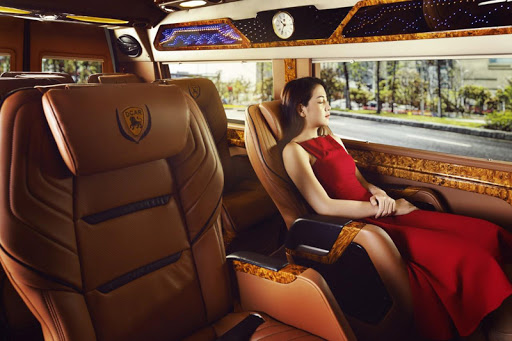 xe limousine đi Lào Cai - Hãng xe Sao Việt - Xe Daily Limousine