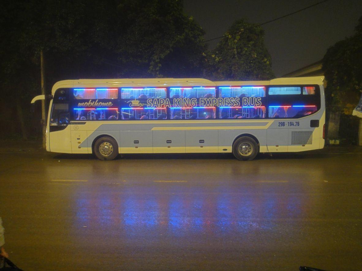 Xe giường nằm đi Sapa - Hãng xe Sapa King Express