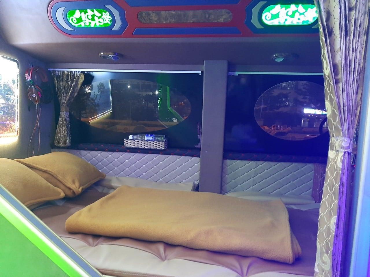 Hãng xe Sapa King Express Bus - Cabin VIP đôi, sang trọng và tiện nghi