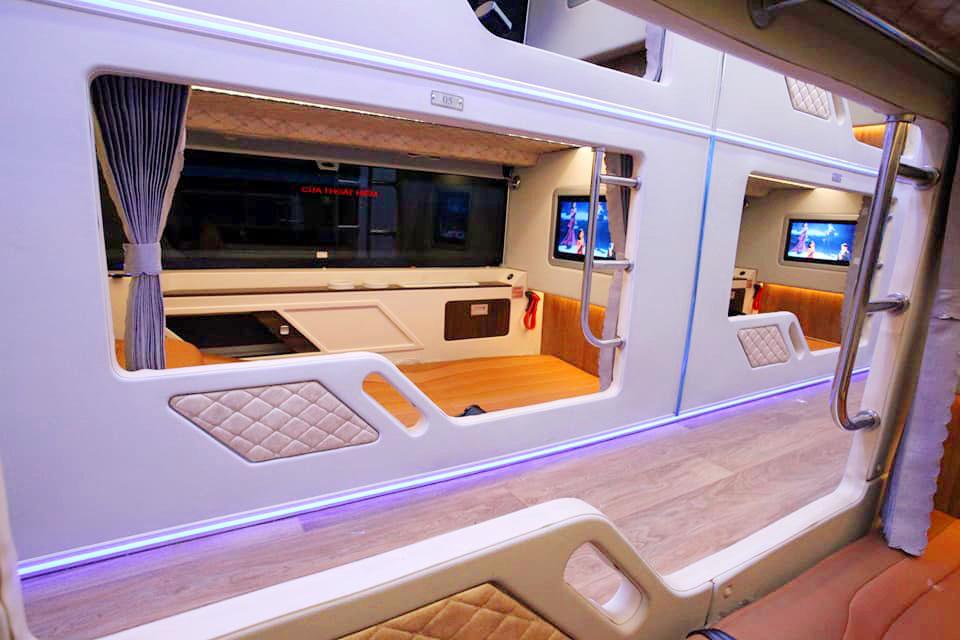 Hãng xe Fansipan Expres Bus - Cabin VIP