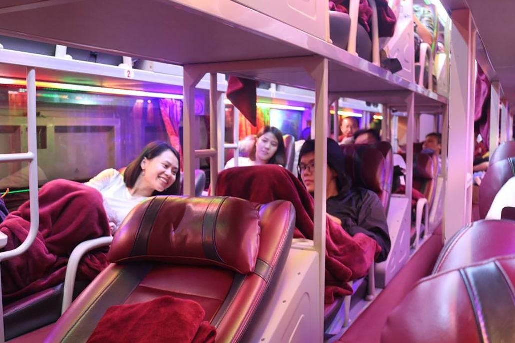 Xe giường nằm Sao Việt