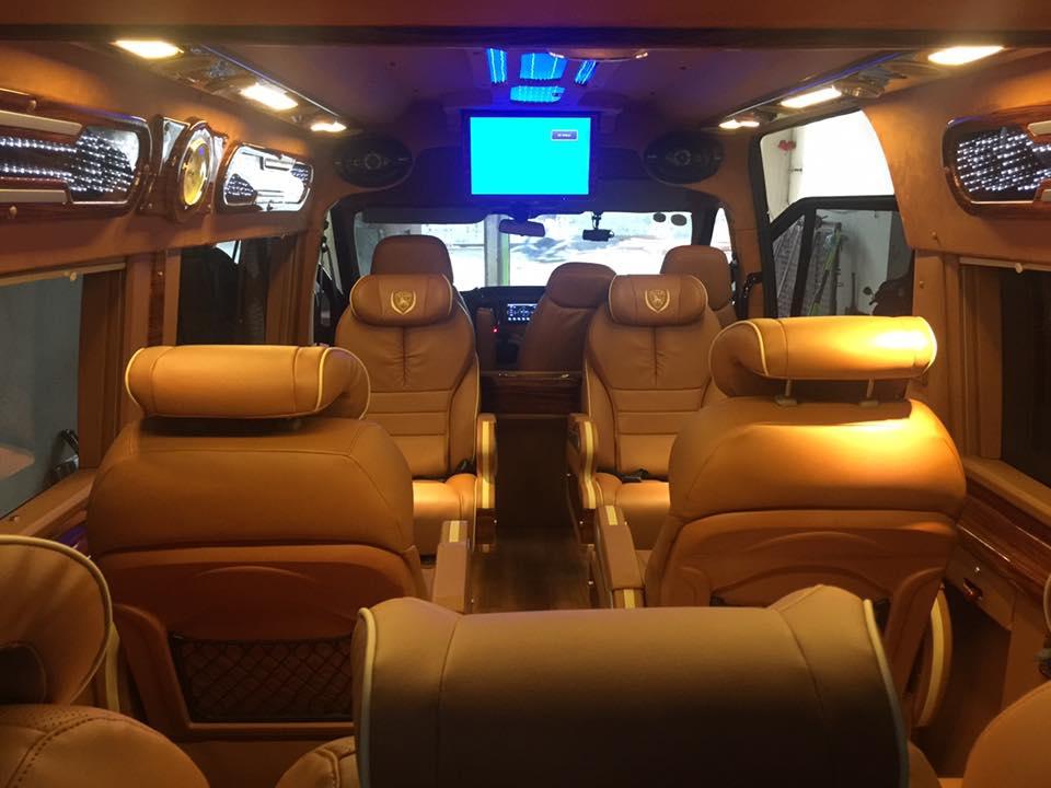 Hãng xe New Enjoy Limousine -Nội thất, ghế ngồi cao cấp - Sang trọng và đẳng cấp